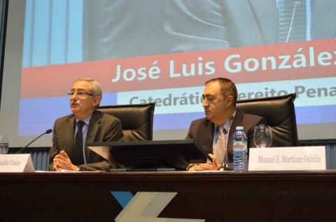 Delitos de prevaricación e de negociacións e actividades prohibidas aos funcionarios públicos